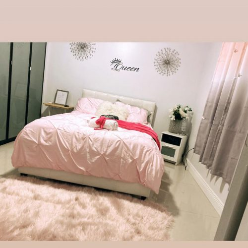 Queen Size Deluxe Private Room